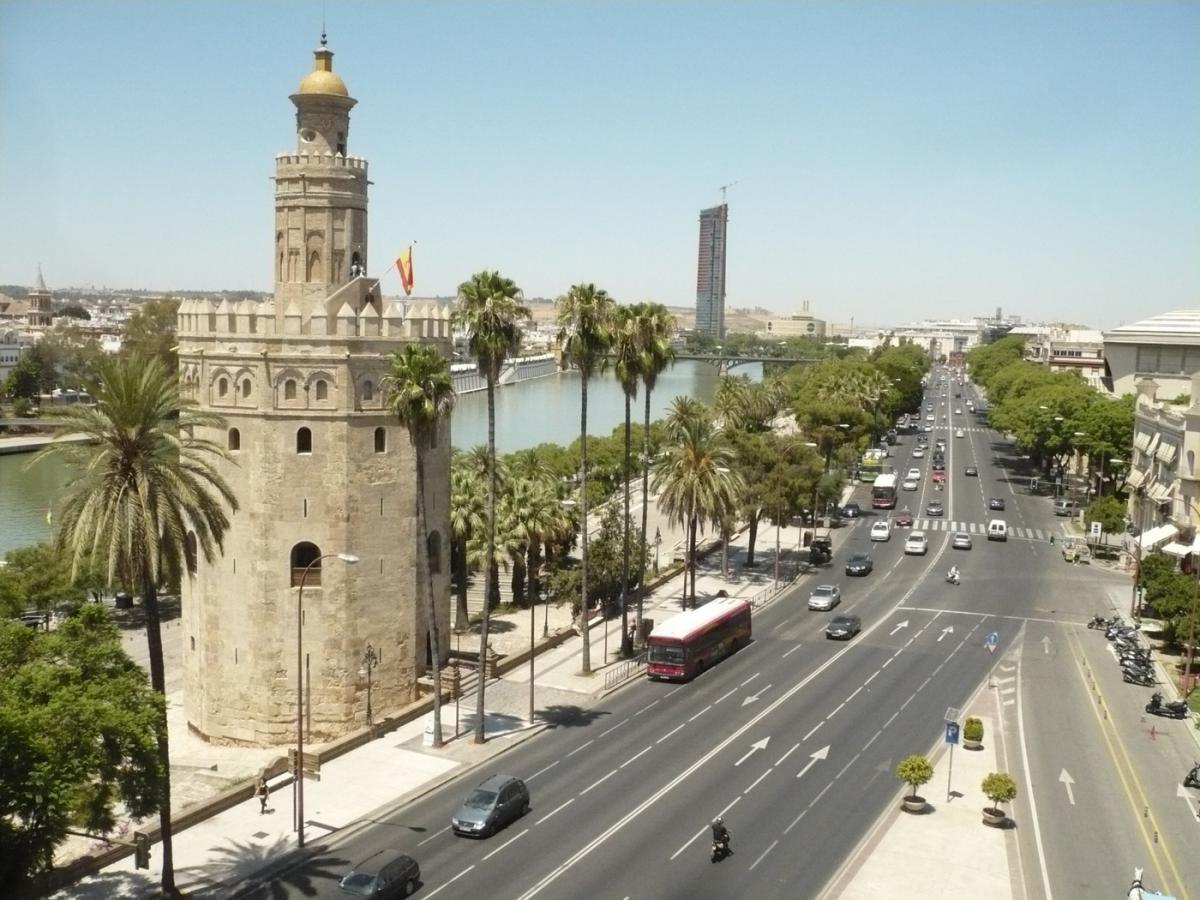 Red de fibra FTTN en Sevilla